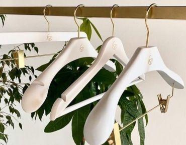 Customed wooden hangers