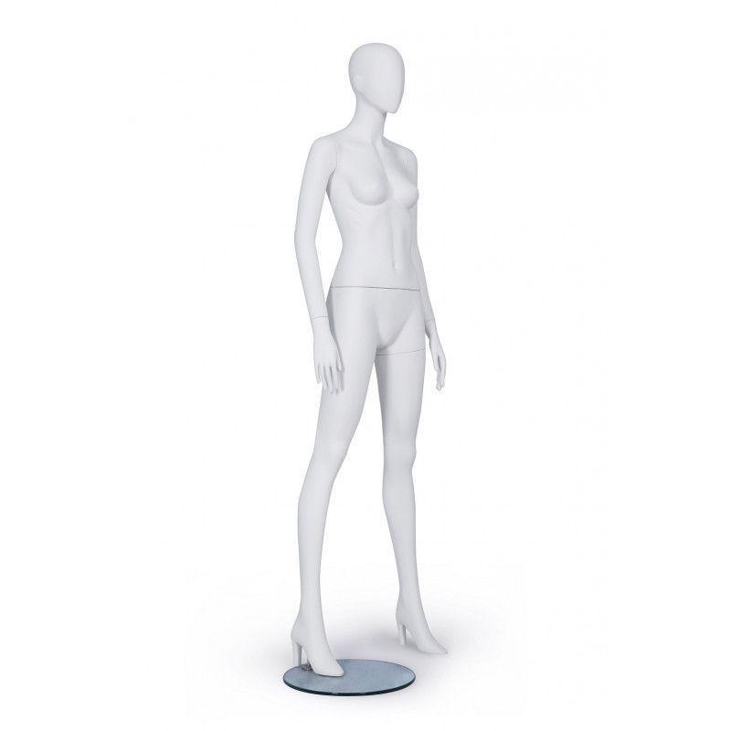 Image 1 : Mannequin femme de couleur blanche ...