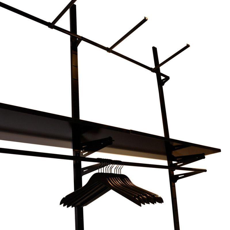 Image 2 : Presentoir mural pour magasin. Gondole ...
