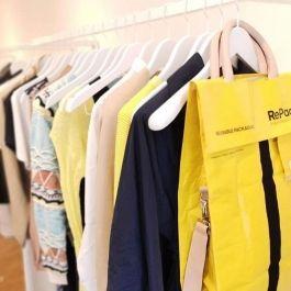Holzkleiderbugel 10 Kleiderbugel jacket weiss farben 42 cm Cintres magasin