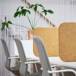 RETAIL DISPLAY FURNITURE - DESK : X3 acoustic cork office partition panel