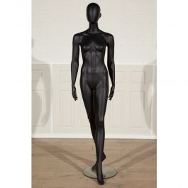 PROMOTIONS FEMALE MANNEQUINS : Black finish female mannequins with glass base
