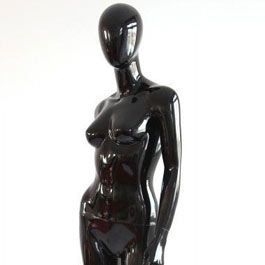 Manichini astratto  Manichino donna con testa colore nero gloss Mannequins vitrine